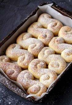 Ladder to Heaven - All Saints day, Austrian pastry Bread Recipes, Baking Recipes, Dessert Recipes, Brunch Recipes, Austrian Recipes, Austrian Desserts, Finnish Recipes, Austrian Food, Cooking Spoon