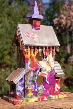 Decorative Beaded Birdhouse by TheVelvetRobyn on Etsy, $65.00  http://www.thevelvetrobyn.com