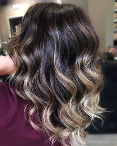 Trendy Hair Color - Highlights : What fills your heart and fires up your soul is. - - Trendy Hair Color - Highlights : What fills your heart and fires up your soul is the key to your happiness🙌🏻 Find it 😘 Hair Color Highlights, Ombre Hair Color, Hair Color Balayage, Highlights For Brunettes, Hair Color For Brunettes, Balayage Brunette Long, Brunette Hair Color With Highlights, Long Brunette, Pretty Hairstyles