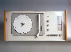 "Hans Gugelot & Dieter Rams, Radio-Phono-Kombination SK 4/5, ""Schneewittchensarg"", 1956. Braun, Germany. Photo Braun GmbH. Via Schöner Wohnen. The acrylic cover was the new element."