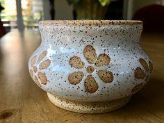 Laguna Speckled Buff Clay with wax resist flowers and Amaco Snow glaze. Glazes For Pottery, Pottery Bowls, Ceramic Pottery, Pottery Designs, Pottery Ideas, Amaco Glazes, Pottery Workshop, Plant Pots, Clay Projects