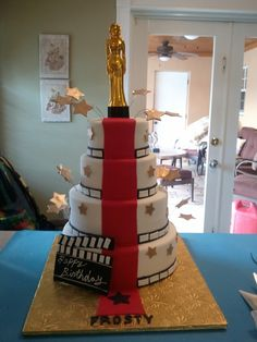 oscar - red carpet - hollywood theme cake