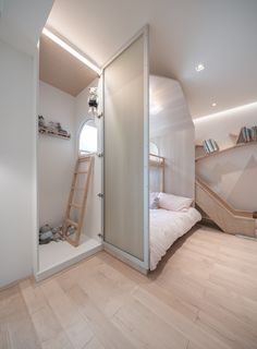 Image 35 of 49 from gallery of Home Wonderland in Shanghai / Wutopia Lab. Photograph by CreatAR Images Modern Kids Bedroom, Cool Kids Bedrooms, Kids Bedroom Designs, Small Room Bedroom, Kids Room Design, Cool Rooms, Bedroom Decor, Bedroom Kids, Loft Bed Plans