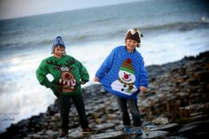 Giant jumpers at Giant's Causeway 2