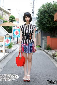 So cute! Harajuku Girl's Red Lipstick, Bob Hairstyle, Patchwork Skirt &…