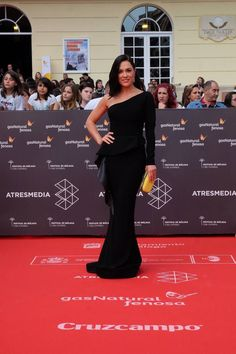 Eva Marciel actress in Malaga's film festival 2016 wears Hannibal a Laguna AW16/17 dress, Jimmy Choo sandals, LiuJo clutch And Carrera y Carrera jewels  STYLED BY ME
