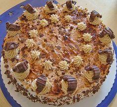 Bailey's Cake with Mascarpone Baileys Torte, Torte Recepti, German Cake, Irish Recipes, Fancy Cakes, Cake Cookies, Cake Recipes, Bakery, Food And Drink