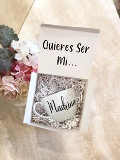 Madrina Gift Set, Quieres Set Mi Madrina, Will you be My Madrina, Godmother ideas, Spanish Madrina M Asking Godparents, Godmother Gifts, Godmother Ideas, Fairy Godmother, Godparent Gifts, Baptism Party, Place Card Holders, Baby Shower, Lettering