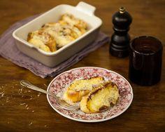 Rabanada salgada | #ReceitaPanelinha: Rabanada doce todo mundo já conhece, mas o que nem todo mundo sabe é o quanto a versão salgada é gostosa. Uma ótima pedida para o café da manhã de domingo!
