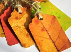 love these autumn leaf tags! glue leaves on tea stained tags Autumn Crafts, Autumn Art, Nature Crafts, Autumn Leaves, Card Tags, Gift Tags, Favor Tags, Paper Art, Paper Crafts