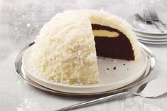 What fun! If you liked Hostess Snowballs, you'll love this! And there's even a video! Snowball Cake