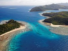 Mantaray Island Resort Yasawa Islands Mantaray Resort Fiji offers a choice of private and dormitory accommodation in the stunning Yasawa Island group. Guests can enjoy a range of leisure activities including diving, kayaking and snorkelling.