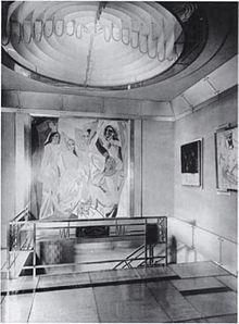 Jacques Doucet's hôtel particulier, 33 rue Saint-James, Neuilly-sur-Seine, 1929 photograph Pierre Legrain | Jacques Doucet  - Wikipedia