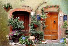 Tuscany inspired front door! - Adore this! <3