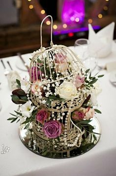 We think these six large cream #vintage style birdcages http://prelove.ly/1lyg1cK would make a real romantic statement as lovely table pieces #weddings #weddingdecoration