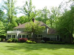 This lush green backyard in Scotch Plains, NJ is the perfect spot for hosting summer parties!