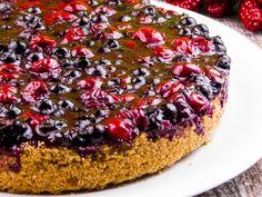 Cheesecake cu vișine și coacăză – un desert gingaș, proaspăt și aromat! Cheesecakes, Sugar Cookies, Biscuit, Deserts, Food And Drink, Cooking, Recipes, Valentines, Foods