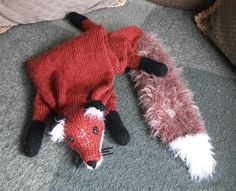Knitting Pattern for a Fox Stole by PrettyFlamingo on Etsy, $7.50 This I could do!