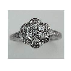 vintage ring... I want this!!
