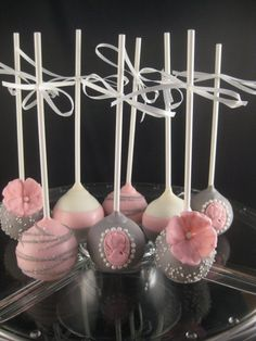 Vintage Wedding Cake pops made by Carmen's Sweet Creations