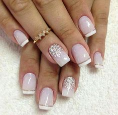 Nail Art with Dotting Tool: Step-by-Step Tutorial If you want to make nail art with dotting tool this article will give a great tutorial for good ideas, tips and hints ❤ See more at LadyLife ❤ Easy Nails, Simple Nails, Bridal Nails, Wedding Nails, Winter Nail Designs, Nail Art Designs, Nails Design, French Nails, Acrylic Nails