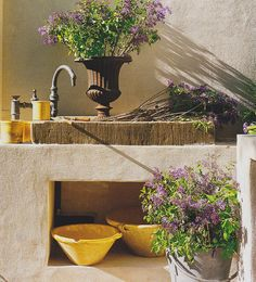 Outdoor garden sink that I am totally in love with! #magazinecutouts
