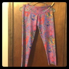 "Abs2b fitness workout pants Multi color Sugar skulls Capri scrunch booty leggings. One size fits most. I am 5'8"" and around 150ish pounds they fit perfect. And extremely soft magical fabric! I love this company, just have so much I have to weed out some Abs2b fitness Pants Leggings"