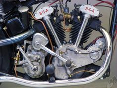 1934 j34-11 500cc_ohv v-twin bsa - right motor