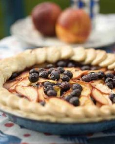 Sweet Paul: Nectarine and Blueberry Pie Recipe Just Desserts, Delicious Desserts, Dessert Recipes, Yummy Food, Pie Dessert, Blueberry Pie Recipes, Blueberry Cheesecake, Sweet Paul, I Love Food
