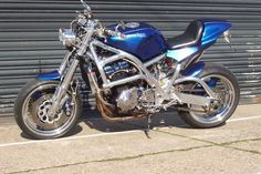 Motorbike - picture Custom Street Bikes, Custom Bikes, Street Fighter Motorcycle, Cool Bikes, Motorbikes, Futuristic, Old School, Biker, Racing