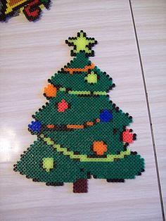Christmas tree hama perler