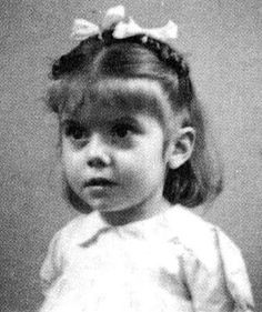 Here is a new part of rare photos of famous people. Actors and actresses, musicians, movie directors, etc. Previous parts: Rare Photos of Famous People pics) Rare Photos of Famous Peop Catherine Deneuve, Brigitte Bardot, Young Celebrities, Young Actors, Celebs, Jean Reno, Michel Boujenah, Veronique Genest, Jean Jacques Goldman
