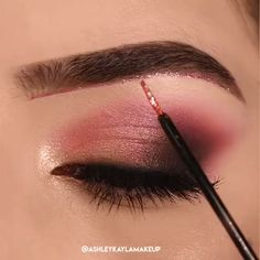 Beautiful Ligh Pink Makeup A very simple and stunning tutorial. I love pink eyeshadow on the brown eyes! - Beautiful Ligh Pink Makeup A very simple and stunning tutorial. I love pink eyeshadow on the brown eyes! Eye Makeup Tips, Eyebrow Makeup, Makeup Inspo, Eyeshadow Makeup, Makeup Ideas, Pink Eyeshadow, Makeup Inspiration, Face Makeup, Makeup Trends