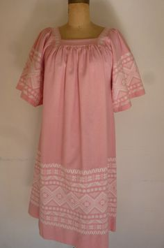Vintage Hippie Dress Embroidered Pink and White Cotton Made in Guatemala Size M 1980s by ZoomVintage on Etsy