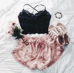 87 Trendy Spring Outfits That Will Enchant You Teen Fashion, Fashion Outfits, Womens Fashion, Fashion Trends, Fashion Ideas, Fashion Shorts, Fashion Hacks, Ootd Fashion, Style Fashion