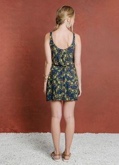 VESTIDO LISTRAS ESTAMPA OLIVA - Vestidos - Verão na Toscana - Cantão