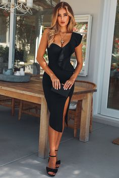 Dollhouse Boutique Noir or Diamant Sequin Plunge Bodycon Dress Celeb style