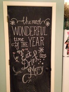 Christmas chalkboard Christmas And New Year, Christmas Diy, Merry Christmas, Christmas Decorations, Chalk It Up, Chalk Art, Happy Holidays Quotes, Christmas Chalkboard, Operation Christmas
