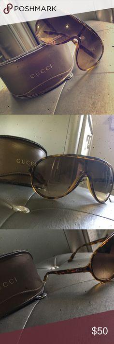 Gucci sunglasses Super cute! Worn twice in great condition. Open to offers  Gucci Accessories Glasses