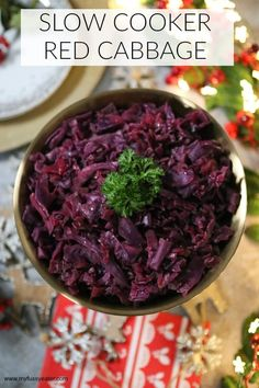 A delicious and easy recipe for Slow Cooker Red Cabbage, the ultimate side dish for Christmas Day! Slow Cooker Red Cabbage, Cooked Red Cabbage, Braised Red Cabbage, Easy Red Cabbage Recipe, Red Cabbage Recipes, Vegan Christmas Dinner, Christmas Cooking, Christmas Ideas, Whole Roasted Cauliflower