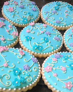 Articoli simili a 12 Secret Garden Large Tea Party Inspired Sugar Cookies Bridal Shower Wedding Favor su Etsy Tea Cookies, Galletas Cookies, Flower Cookies, Cupcake Cookies, Sugar Cookies, Cupcakes, Baking Cookies, Biscuit Decoration, Iced Biscuits