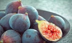 See the difference between common varieties of figs from ultra-sweet Black Mission Figs to the bright red interiors of Adriatics.: Black Mission Figs Source by Soy Milk Nutrition, Fig Nutrition, Nutrition Education, Black Mission Fig, Fig Recipes, Summer Recipes, Fig Varieties, Figs Benefits