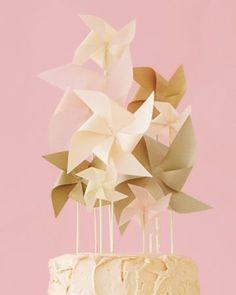 This pinwheel cake topper is whimsical, charming, and easy to make. #MarthaStewartWeddingsMagazine