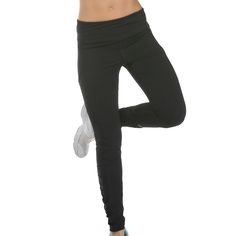 Find the best sports pants for any activity at Yvettesports. Shop a wide selection of racerback, Sports Trousers, Sport Pants, Warm Leggings, Band Hoodies, Clothing Deals, Discount Universe, Brown Sweater, Sweater Fashion, Cute Shirts