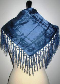 * * * Blaues Reinseiden-Tuch mit geknüpften Fransen * * * | eBay Boho Shorts, Women, Fashion, Fringes, Clothing Accessories, Silk, Fashion Women, Blue, Moda