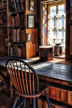 bookmania:Library loft at Fonthill, a historic Arts and Crafts mansion in Doylestown, Pennsylvania, USA.
