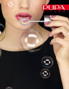 BUBBLES NAIL ART KIT  Limited edition A/I 2012    http://www.pupa.it/ita/unghie/nail-art-/Product/nail-art-kit-bubbles.aspx