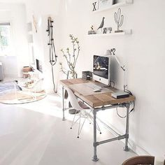 Industro-scandi workspace › via @workspacegoals on Instagram