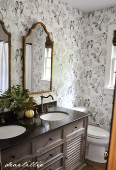 stunning neutral bathroom with gold decked out for Fall #EclecticallyFall