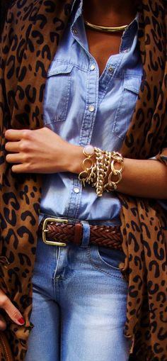 LoLoBu - Women look, Fashion and Style Ideas and Inspiration, Dress and Skirt Look Fashion Mode, Look Fashion, Womens Fashion, Fashion Trends, Denim Fashion, Fall Fashion, Leopard Fashion, Street Fashion, High Fashion